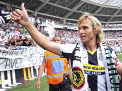Pavel Nedvěd se loučí s fanoušky Juventusu Turín po posledním zápase kariéry
