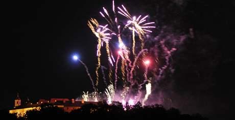 Ohňostroj Flash Barrandov SFX nad hradem Špilberkem (5. 6. 2009)