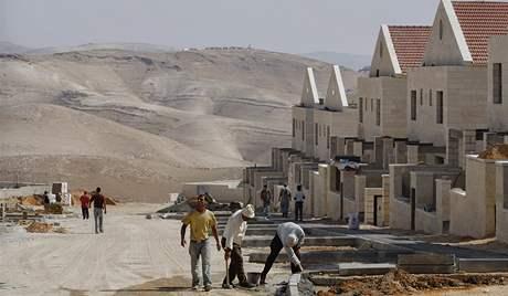 Židovská osada Maaleh Adumim na Západním břehu Jordánu ve výstavbě