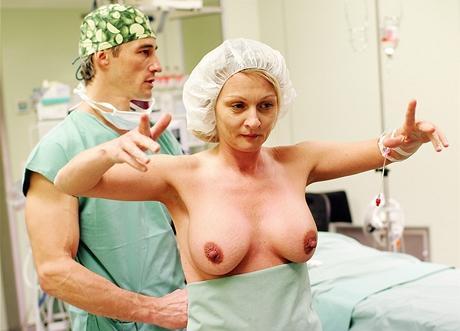 Výměna prsních implantátů