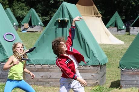 Nebojte se poslat své dítě na tábor, po prázdninách bude mít na co vzpomínat.