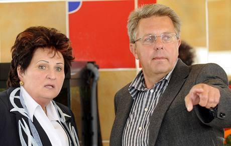 Televizní radní Helena Fibingerová a Jiří Baumruk.