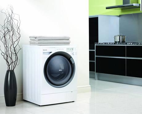 Nové pračky si vystačí se 44 litry vody