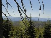 Šumava, pohledy z úbočí Černé hory k hranicím
