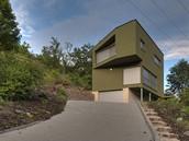 Moderní dům na okraji chatové kolonie Pod Dřínovou