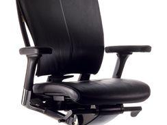 Na židle Sidiz nabízel dovozce slevu až 3000 korun