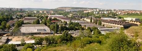 Areál Zetoru z pohledu od brněnské Stránské skály
