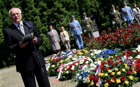V Lidicích si p�ipomn�li 67 let od vyhlazení obce. (13. �ervna 2009)