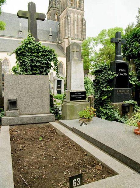 Hřbitov na Vyšehradě - místo posledního odpočinku Waldemara Matušky (oddělení 11, hrob č. 63)