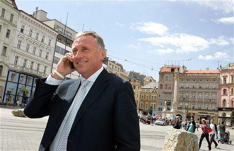 Mirek Topolánek na náměstí Svobody v Brně