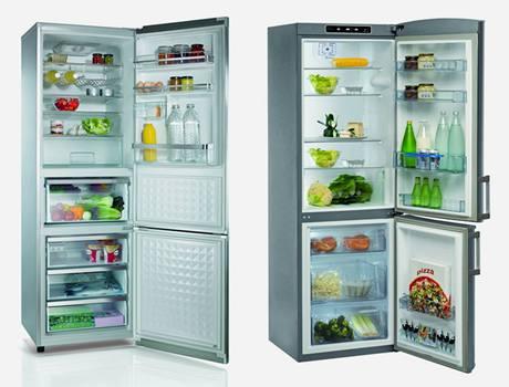 Chladničky se speciálními izolacemi zvětšily svůj vnitřní, nikoli vnější objem - vlevo Panasonic, vpravo Whirlpool