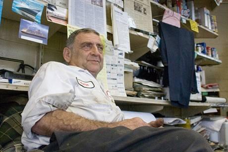 Martin Stein ve své kanceláři