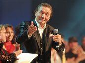 Karel Gott na koncertě k oslavě svých 70. narozenin (O2 Arena, 11. 6. 2009)