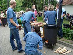 6. ročník soutěže ve vaření guláše Rakvice 2009