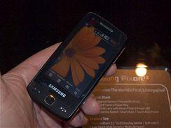 Samsung Pixon12 živě na veletrhu CommunicAsia