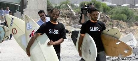 Palestinští surfaři z Gazy