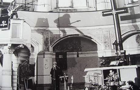 Berlín. Výstava na Alexandrově náměstí.