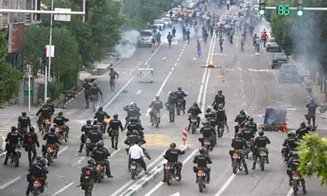 Protesty v ulicích Teheránu (20. června 2009)