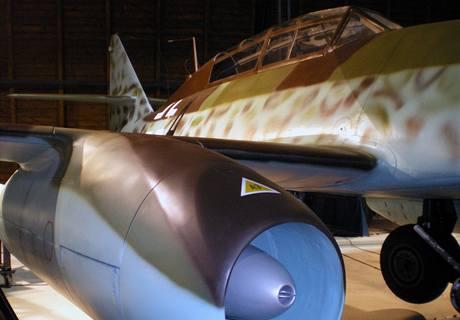 Messerschmitt Me 262 bez hákového kříže na svislé ocasní ploše (20. června 2009)