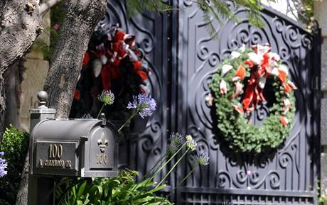 Věnce na Jacksonově domě (25. června 2009)