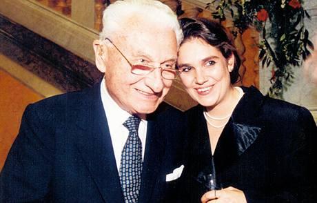 Jako ředitelka Nadace Bohemiae s jejím předsedou Tomášem Baťou