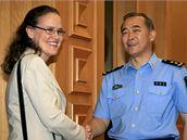 Náměstkyně ministra obrany Michele Flournoyová se zástupcem čínské náčelníka generálního štábu Ma Siao-tchienem
