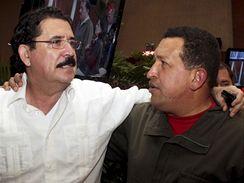 Puč v Hondurasu. Manuel Zelaya s venezuelským prezidentem Chávezem (28. června 2009)