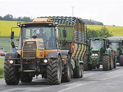 Protest zemědělců na dálnici D1 mezi exitem Brno-centrum a výjezdem na Bratislavu (29. června 2009)