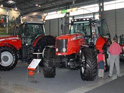 Moderní zemědělská technika na Národní výstavě hospodářských zvířat v Brně 2009.