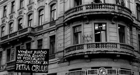 Cibulka a Šabata, náměstí Svobody v Brně 1990