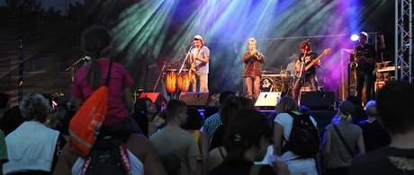 Chinaski na pódiu Creamfields v Břeclavi