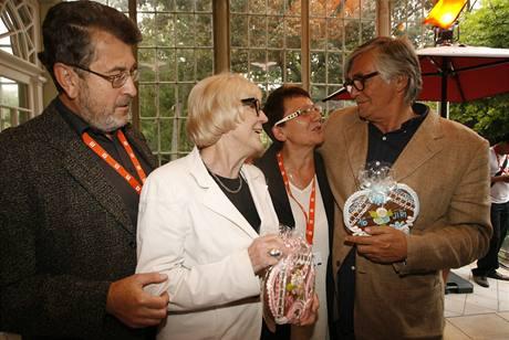 Media party 2009 - zleva Jiří Borovička, Eva Zaoralová, Mirka Spáčilová a Jiří Bartoška