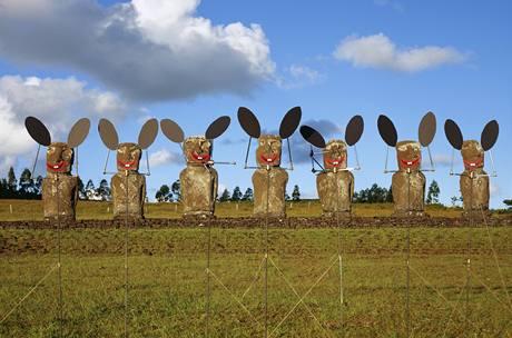 Olaf Breuning: Velikonoční zajíčci