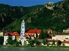 Dolní Rakousko - pohled na Dürnstein ve Wachau