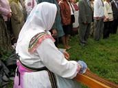 Republika Mari El v Rusku. Marijský obřad za doprovodu tradičního nástroje