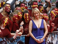 Premiéra šestého dílu Harryho Pottera v Londýně -  J. K. Rowlingová s fanoušky
