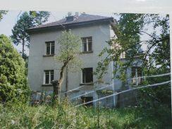 Dům a zahrada jen před pár lety