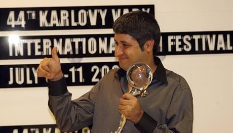 Oceněný režisér Abdolreza Kahani (Dvacet)