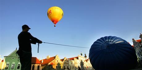Třináctý ročník akce Balony nad Telčí (17. července 2009)