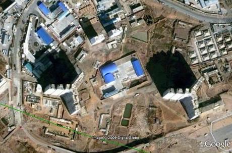 Snímek oblasti Rakrang na jižním okraji Pchjongjangu v červnu 2009