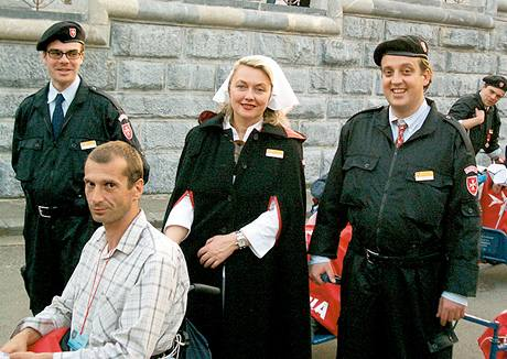 Bettina Lobkowicz jako dobrovolnice v Lourdech