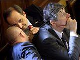 Ministr zahraničí Jan Kohout, ministr obrany Martin Barták a premiér Jan Fischer. Ilustrační foto