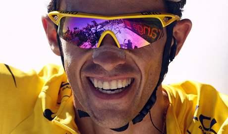 Alberto Contador vyhraje Tour de France podruh�