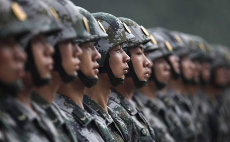 Novináři podle agentury ap navštívili kasárna čínských