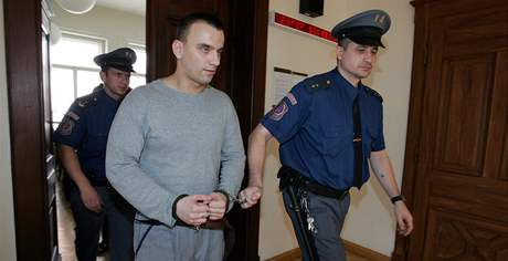 Tomáš Plíhal u soudu
