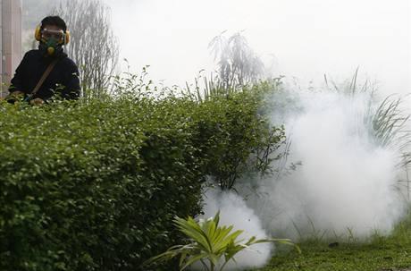 Postřik proti komárům