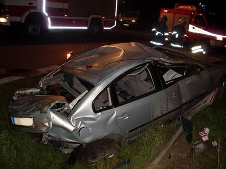 Tragická nehoda u Rozhovic na Pardubicku (29.7.2009)