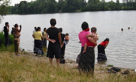 Záchrana romského chlapce