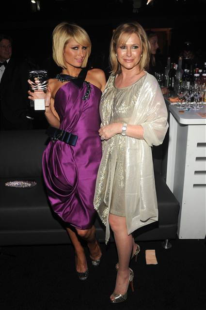 Paris a Kathy Hiltonovy