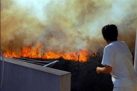 S požáry se potýkají i na jihu Itálie (24. července 2009)